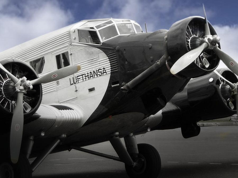 Junkers JU 52 - Uhren Serie in Bielefeld
