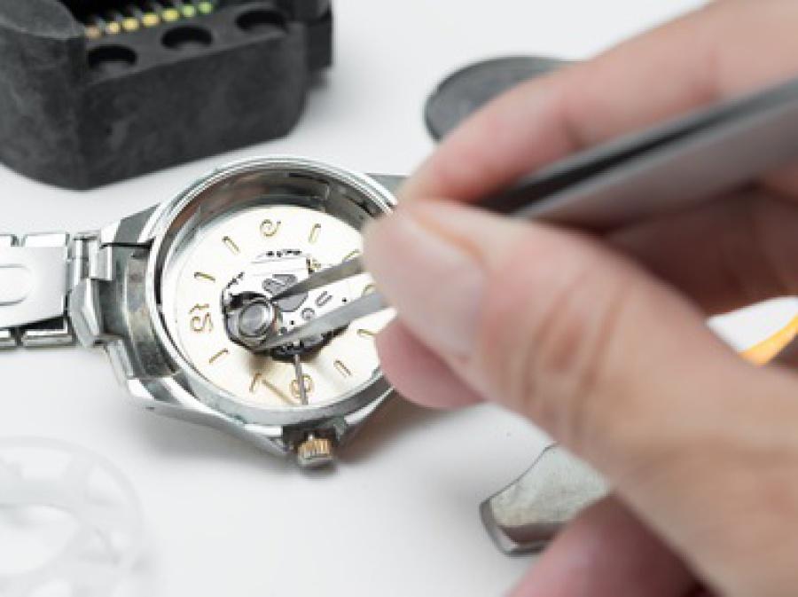 Fossil-Armbanduhr Batterie Sofort-Service